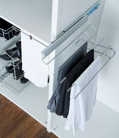 accessoires de rangement porte pantalons coulissant et relevable gauche en soldes. Black Bedroom Furniture Sets. Home Design Ideas