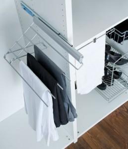 accessoires de rangement porte pantalons coulissant et relevable droite en promo jusqu au 26. Black Bedroom Furniture Sets. Home Design Ideas